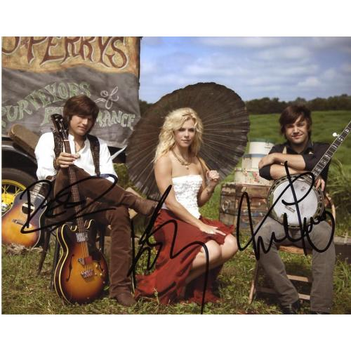 Kimberly - Reid and Neil Perry THE BAND PERRY In Person Signed Photo #1